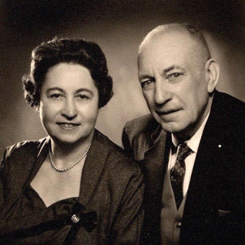 Großvater Karl Schleicher mit seiner dritten Frau Liesl
